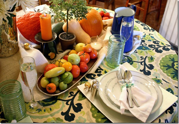Remodelaholic fall bounty thanksgiving tablescape for How to set a round table for thanksgiving