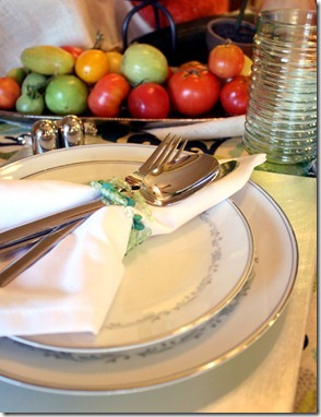 Fall Bounty tablescape Thanksgiving Table setting (5)