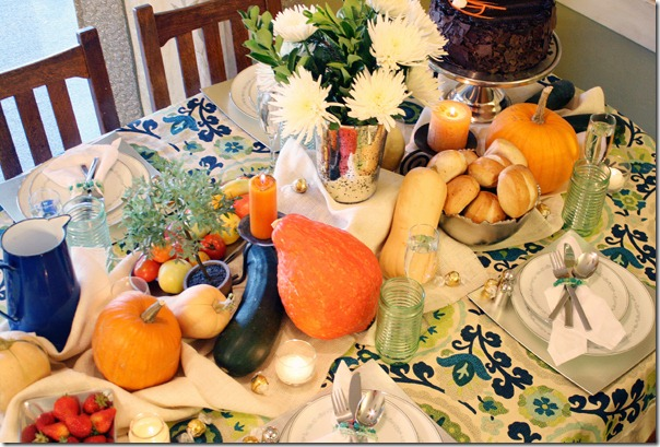 Fall Bounty tablescape Thanksgiving Table setting (9)