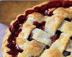 Featured Pic Blackberry Pie