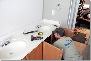 How to Add height to a short bathroom vanity (7)
