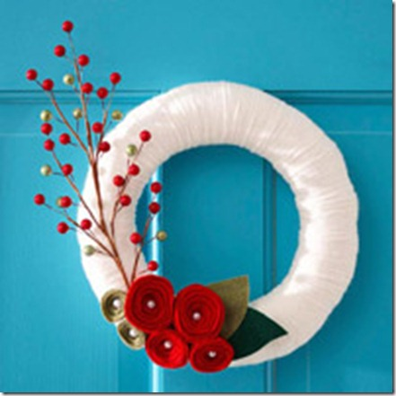 bhg white yarn wreath