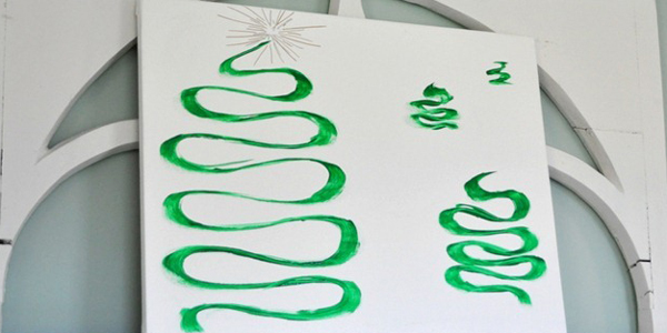 easy-diy-christmas-tree-canvas-art-cleverlyinspired-3_thumb