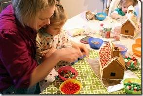 Gingerbread Houses (17)