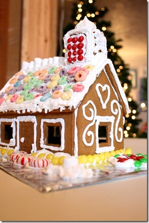 Gingerbread Houses (30)
