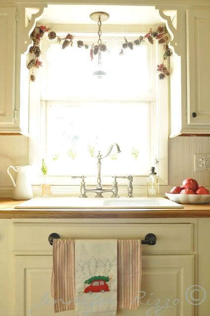 Jennifer Rizzo kitchen sink
