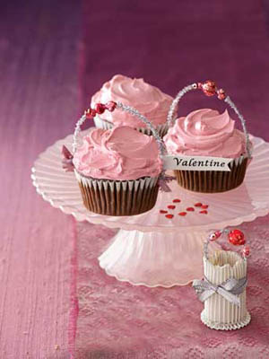 Country living little cupcake baskets