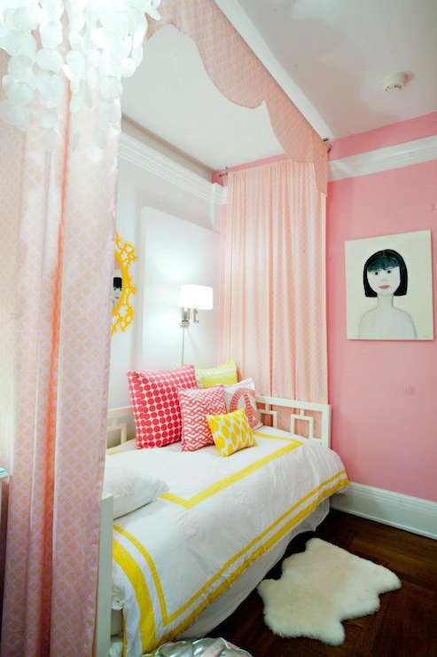 DecorPad pink & yellow bedroom