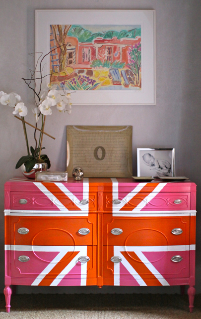 Sheridan French union jack dresser