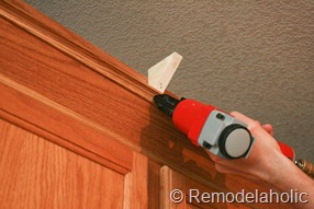 Upgrade Oak Kitchen Cabinets With Crown Moldings-21