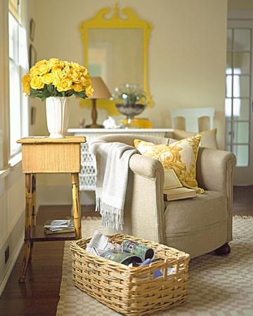 Yellow Mirror yellow roses