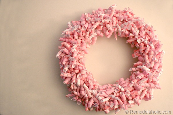 Pink Paper Curl Valentine Wreath craft idea at Remodelaholic.com