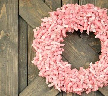Valentine Paper Curl Wreath Tutorial