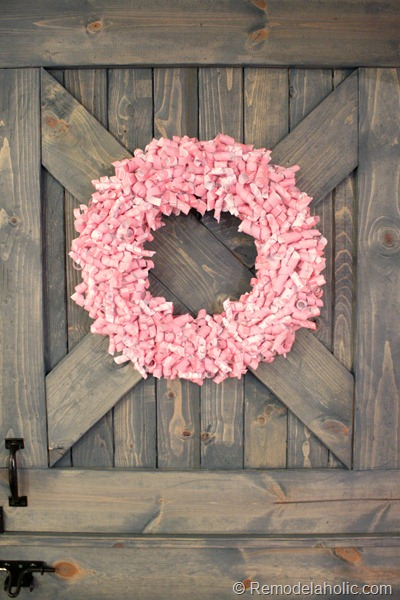 A pretty way to decorate your home with a paper curl Valentine Wreath at Remodelaholic.com