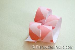 розовая бумага-Curl-венков Валентина-венок-учебник (8)
