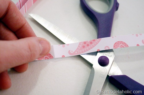 Simple to make Wreath out of scrapbook paper at Remodelaholic.com
