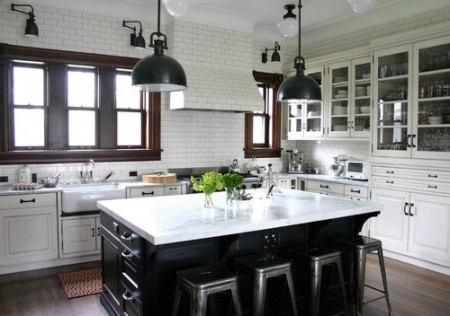white subway tile with black grout kitchen3