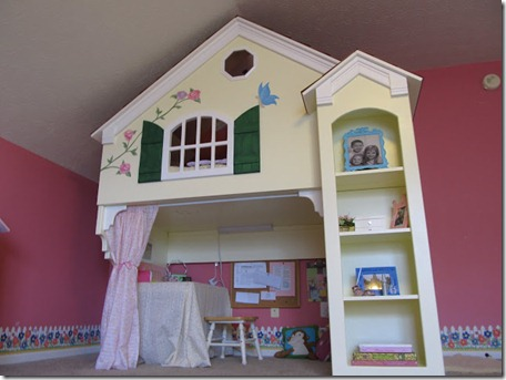 A House In Holland Playhouse Bunk
