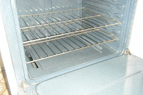 Homemaker's Challenge oven cleaning