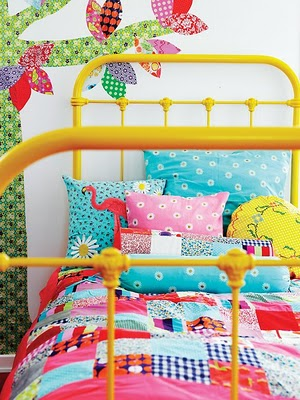 It's Lizey Lou yellow bed