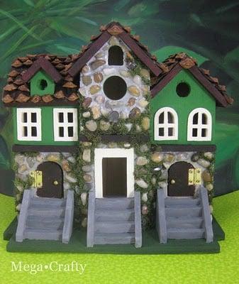 Leprechaun house for St. Patrick's Day by mega crafty