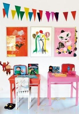Mama Mekko children's desks