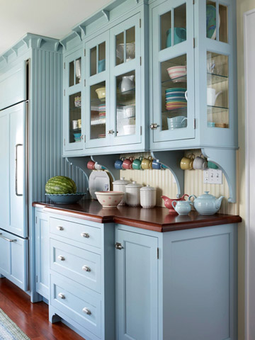 Blue cabinets in a french country kitchen house furniture for Blue kitchen cabinets pictures
