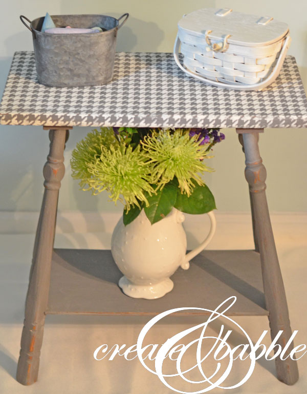 Create & Babble houndstooth stencil
