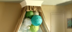 Girls Bedroom with stenciled wall and crown cornice canopy bed blue and green (7) featured image