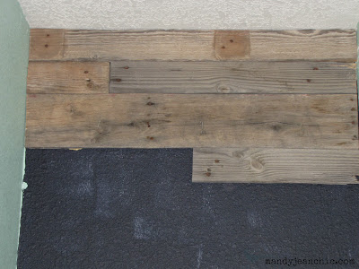 Remodelaholic | DIY Pallet Wood Wall for a Bathroom