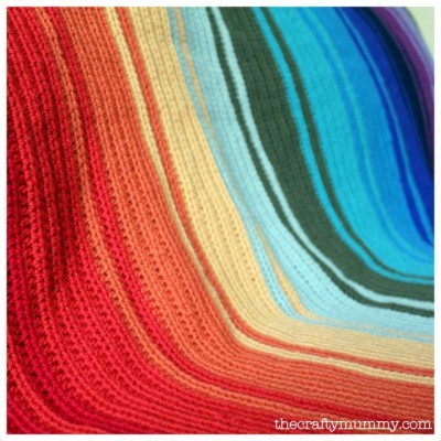 rainbow crocheted blanket tutorial