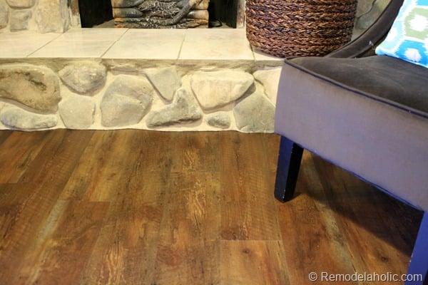 14 Flooring living room staged 001 (73)