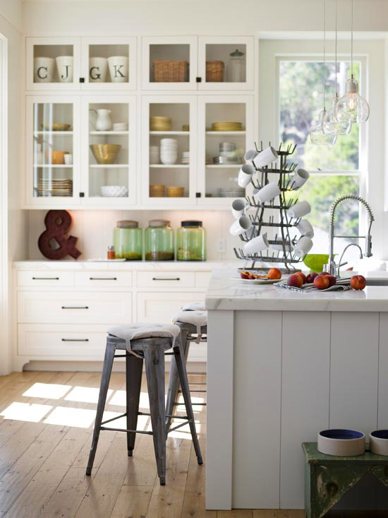 Remodelaholic trending now color in the kitchen for Better homes and gardens kitchen island ideas