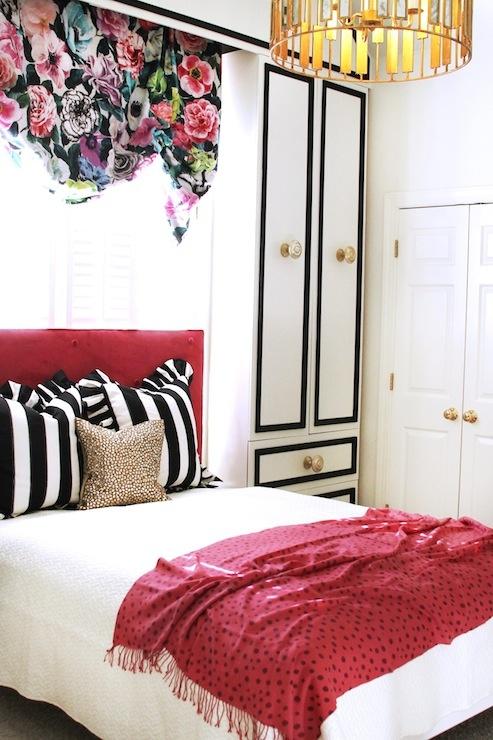 Decor Pad black and white girls room