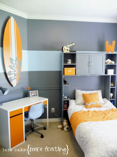 25 great bedrooms for teen boys for Surfing bedroom designs