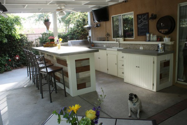 The Logan's Landing outdoor kitchen