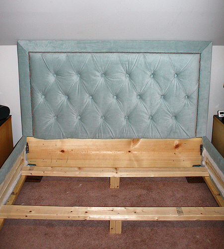 diamond tufted headboard tutorial