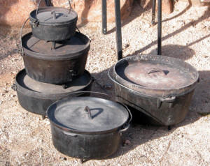 Dutch Oven Showcase about dutch ovens