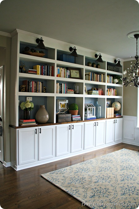 Thrifty Decor Chick library bookcases - Remodelaholic Amazing DIY Fireplace And Built-Ins