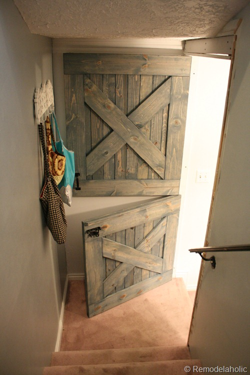 25 great diy door ideas for Half door ideas