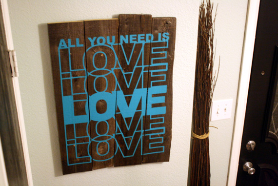 Rustic-art-piece-using-vinyl-wall-decal-tutorial (28)