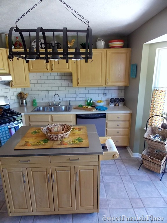 faux painted subway tile backsplash in the kitchen
