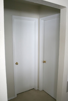 painting-interior-doors-black-before-and-after (1)