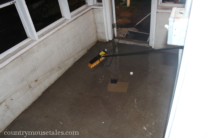 How to paint a concrete floor remodelaholic for Scrubbing concrete floors