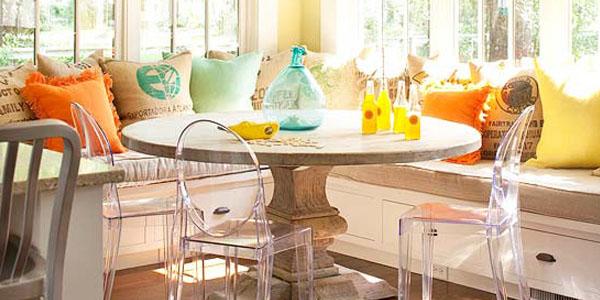 sunny kitchen corner banquette