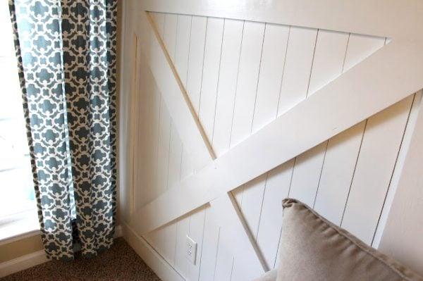 Barn Door Wainscoting Tutorial | Remodelaholic