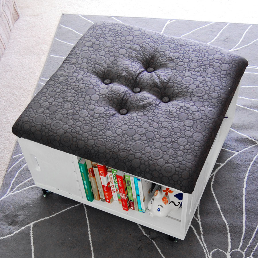Awesome Diy Ottomans | Diy Rolling Storage Ottoman From Crates, Mon Makes Things
