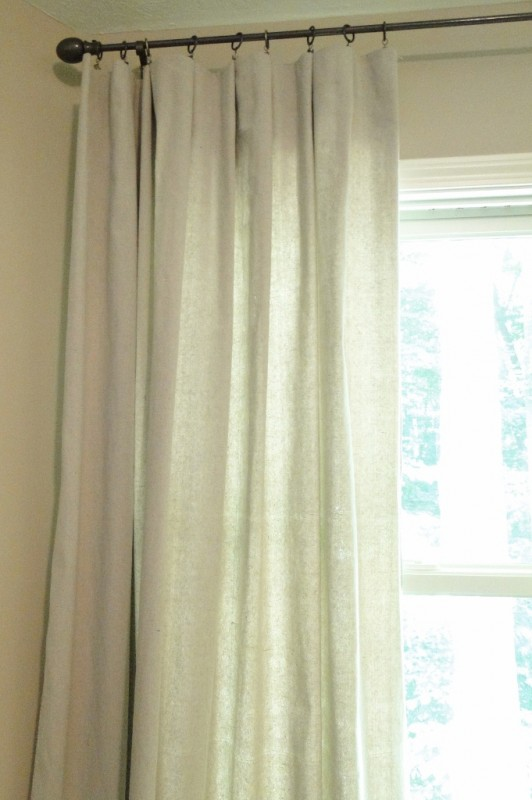 drop cloth window curtain tutorial, Salvage Savvy on Remodelaholic