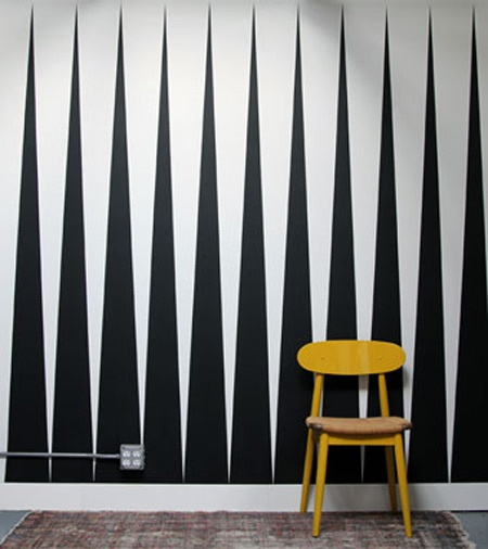 graphic painted wall pattern
