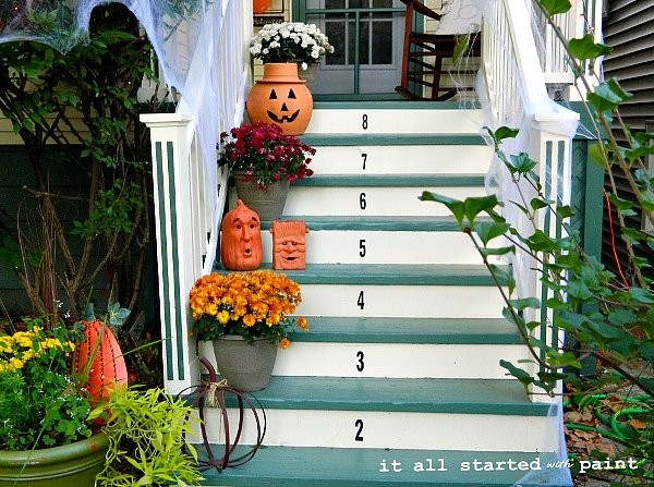 paint to make the porch more welcoming, Remodelaholic